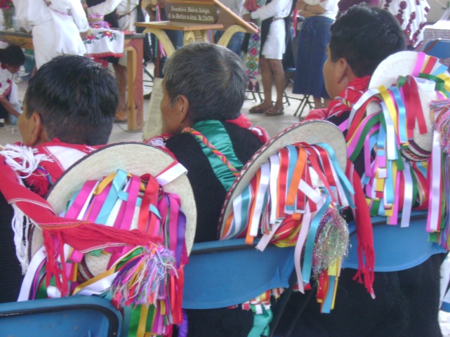 http://sipaz.files.wordpress.com/2010/03/acteal.jpg