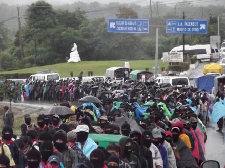 Inicio de la movilización zapatista en Palenque @ SIPAZ