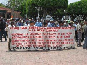 Marcha de los ejidatarios de Bachajón en Ocosingo, 2009 @ archivo SIPAZ