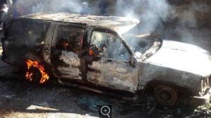Vehículo emboscado. Fotos @Noticias