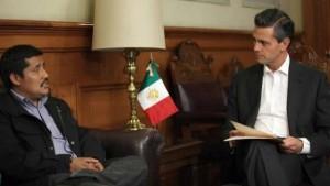 Reunión de Patishtán con Peña Nieto. Foto @Chiapas Paralelo