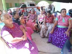 Mujeres de Gui'xhi' ro' @ Asamblea de los Pueblos Indígenas del Istmo de Tehuantepec en Defensa de la Tierra y el Territorio