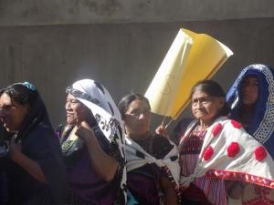 Marcha-peregrinación en Chenalhó para el Día Internacional de la Mujer (@SIPAZ)