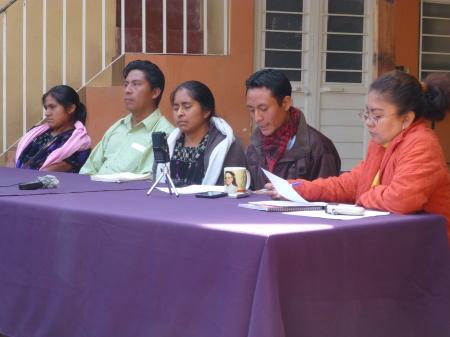Conferencia de prensa de los desplazados de Colonia Puebla. Foto (@Sipaz)