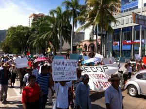Marcha del CECOP, 18 de agosto de 2014 (@Tlachinollan)