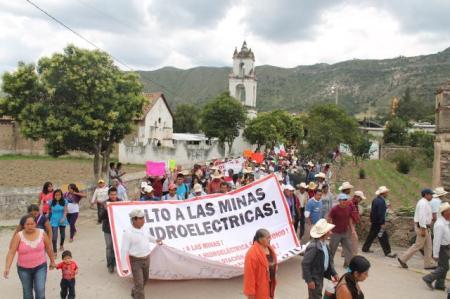Marcha en Olintla, Puebla (@Boca de Polen)