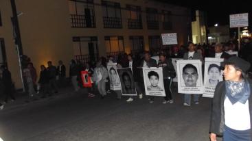 ©SIPAZ Marcha en San Cristóbal de las Casas de la Brigada Nacional por los desaparecidos de Ayotzinapa