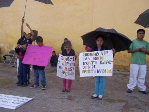 © SIPAZ  Protesta de las niñas y niños (septiembre 2014)
