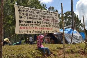Familias desplazadas del Poblado Primero de Agosto (@Koman Ilel)