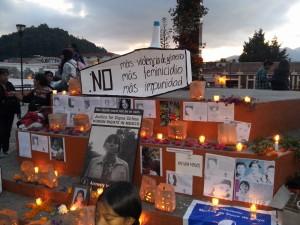 Altar de la Campaña Popular contra la Violencia hacia las Mujeres y el Feminicidio en Chiapas.  Foto: cortesía.