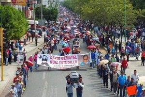Movilización del magisterio por la muerte de un maestro.  Foto: @Quadratín Chiapas