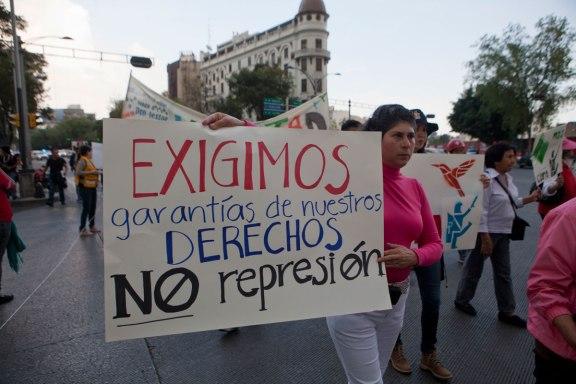 Exigimos_garantias_a_derechos_no_represion_CentroProDH