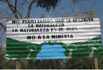 letreros-de-resistencia-contra-los-proyectos-mineros-1
