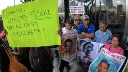mexico_fiscal_ayotzinapa01.jpg_1718483347