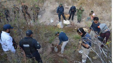 realizan_bxsqueda_de_activista_desaparecido_de_tlapax_guerrero_1_crop1574029181570.jpeg_219914347